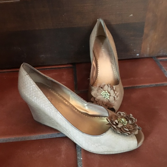 Lindsay Phillips Alex Grey Flannel Classic Pumps Heel Interchangable Snap
